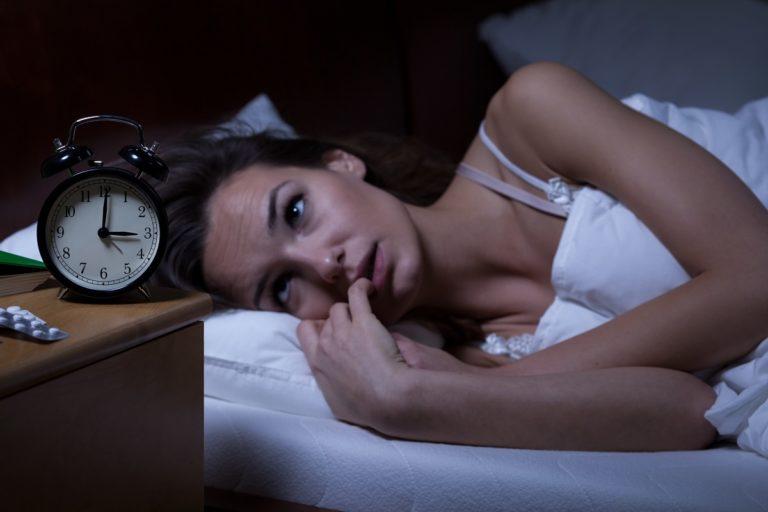 Kłopoty ze snem – jakie są ich przyczyny?